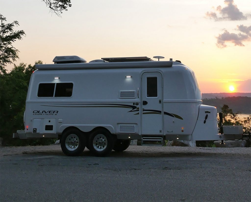 fiberglass travel trailer manufacturers
